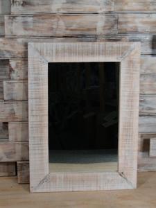 Zrcadlo s rámem 70x50 cm