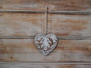 Dřevěné srdíčko - výška 8x8 cm